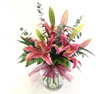 Lady Lillies in Amherst NY, The Trillium's Courtyard Florist