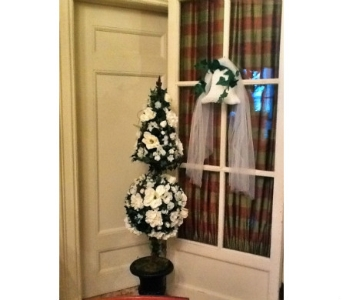White Topiary Rental in Cooperstown NY, Mohican Flowers