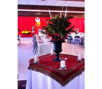 Urn Rental with Flowers in Cooperstown NY, Mohican Flowers