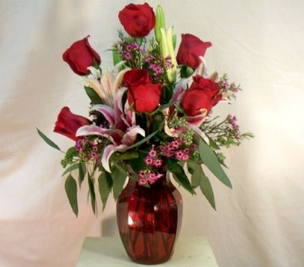 Roses and Lilies in Nashville TN, The Bellevue Florist