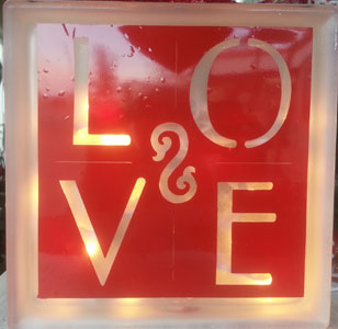 Lighted Cube- Love 2 in Madisonville KY, Exotic Florist & Gifts