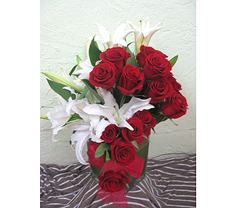 Red Love in West Los Angeles CA, Sharon Flower Design