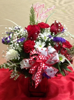 Valentine Wishes in Woburn MA, Malvy's Flower & Gifts