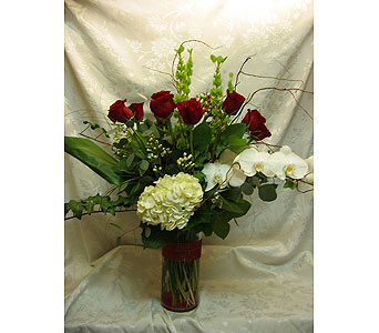 Glamour roses in Lake Forest CA, Cheers Floral Creations