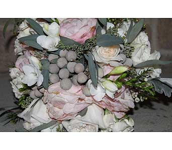 Wedding Design in Newmarket ON, Blooming Wellies Flower Boutique