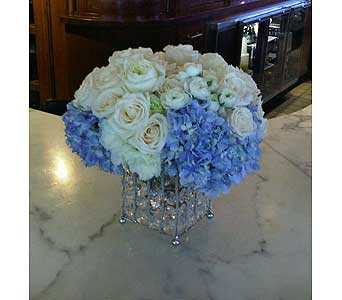 Simply Yours in Las Vegas-Summerlin NV, Desert Rose Florist