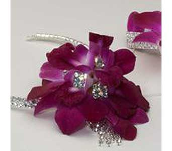 Choker with Purple in McKees Rocks PA, Muzik's Floral & Gifts