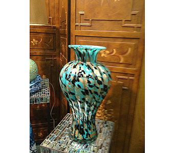 Vase in New Castle PA, Butz Flowers & Gifts
