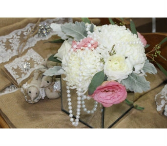 Flowers and Pearls in Newmarket ON, Blooming Wellies Flower Boutique