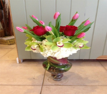 Roses and Tulips in Rancho Palos Verdes CA, JC Florist & Gifts