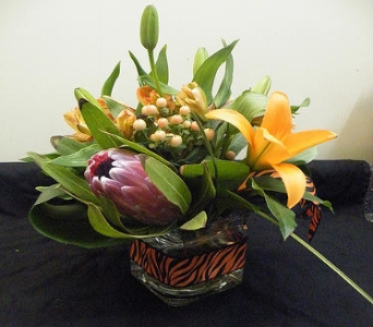 Kizmet in Chapel Hill NC, Floral Expressions and Gifts