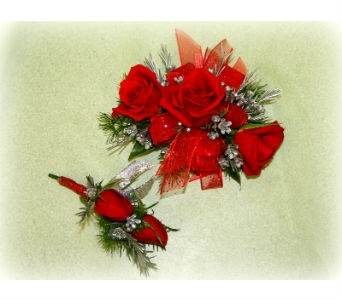 Royal Red Set in Asheville NC, Kaylynne's Briar Patch Florist, LLC