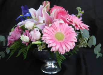 Shades of Pink in Farmington CT, Haworth's Flowers & Gifts, LLC.