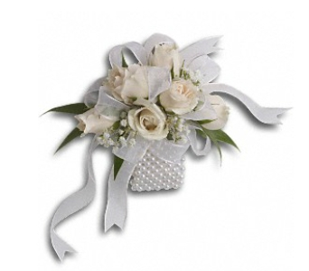 White Whisper Wristlet in Fairfield CT, Sullivan's Heritage Florist