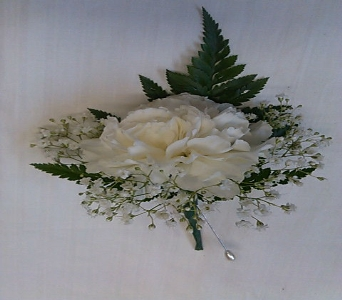 CARNATION BOUTONNIERE in Bellmore NY, Petite Florist