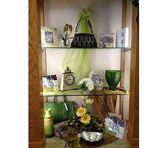 Giftware in New Castle PA, Butz Flowers & Gifts