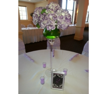Wedding Centerpiece in King Of Prussia PA, Petals Florist