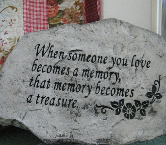 Memory Stepping Stone in Oakland City IN, Sue's Flowers & Gifts