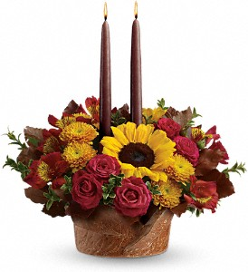 Teleflora's Sunny Thanksgiving Centerpiece in Hopkinsville KY, Arsha's House Of Flowers