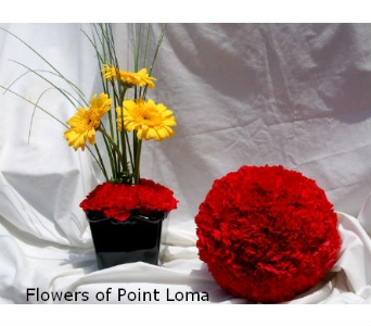 Fun Centerpiece in San Diego CA, Flowers Of Point Loma