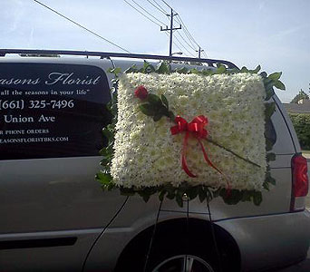 Pillow in Bakersfield CA, All Seasons Florist