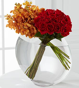 The FTD� Glorious Rose Bouquet - 18 Stems of 24-in in Hollister CA, Barone's Westlakes Balloons and Gifts