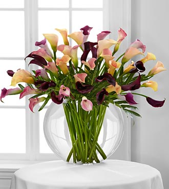 Flawless Luxury Calla Lily Bouquet - 45 Stems in Hollister CA, Barone's Westlakes Balloons and Gifts