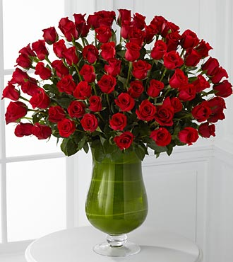 Attraction Luxury Rose Bouquet - 72 Stems of Roses in Hollister CA, Barone's Westlakes Balloons and Gifts