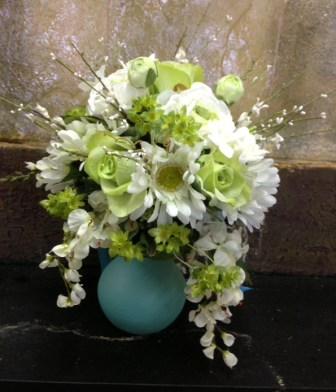 Spring Weddings in Midwest City OK, Penny and Irene's Flowers & Gifts