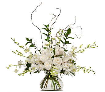 White Elegance in Amherst NY, The Trillium's Courtyard Florist