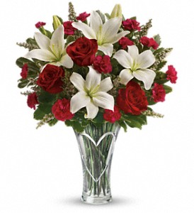 Teleflora's Heartfelt Bouquet in Winston Salem NC, Sherwood Flower Shop, Inc.