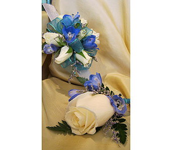 White & Blue in Wake Forest NC, Wake Forest Florist