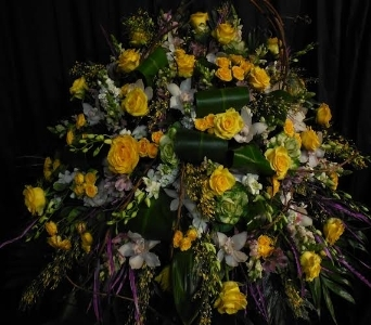 Yellow and White Casket Cover in Great Neck NY, United Floral