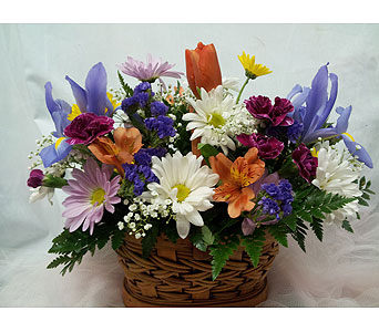 Love's Basket of Spring in New Paltz NY, The Colonial Flower Shop