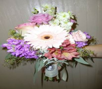 Wedding Bouquet 15 in Frankfort IL, The Flower Cottage