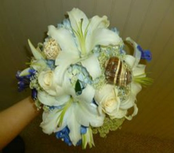 Wedding Bouquet 25 in Frankfort IL, The Flower Cottage