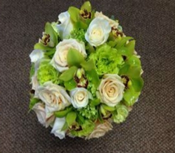Wedding Bouquet 26 in Frankfort IL, The Flower Cottage