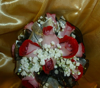 Wedding Bouquet 30 in Frankfort IL, The Flower Cottage