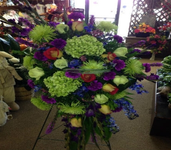 Lime Green Tribute In Frankfort IL The Flower Cottage