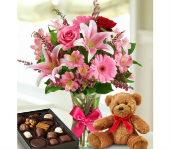 Valentine Surprise in Smyrna GA, Floral Creations Florist