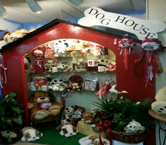 Dog House in Crown Point IN, Debbie's Designs