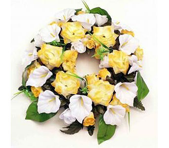 Silk Wreath-Yellow & White in Timmins ON, Timmins Flower Shop Inc.