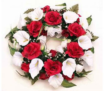 Silk Wreath - Red & White in Timmins ON, Timmins Flower Shop Inc.
