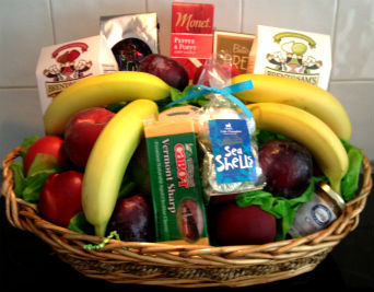 Fruit & Gourmet Basket in Farmington CT, Haworth's Flowers & Gifts, LLC.