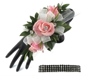 Prom corsages boutonnieres delivery southfield mi thrifty 3 pink sweetheart roses wrist corsage in southfield mi thrifty florist mightylinksfo