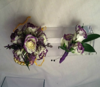 White/Purple Spray Rose Set in Greenville SC, Expressions Unlimited