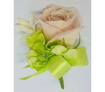 Pink Sweetheart Rose Boutonniere in Mesa AZ, Watson Flower Shops