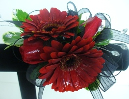 Prom Wristlet Gerbera Daisies & Sweetheart Roses in Utica NY, Chester's Flower Shop And Greenhouses