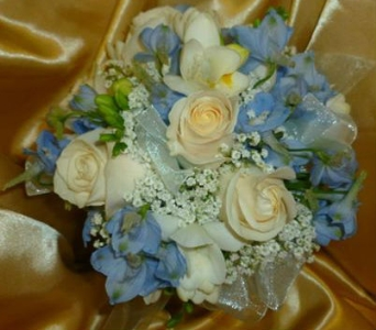 Prom Bouquet 13 in Frankfort IL, The Flower Cottage