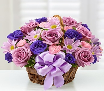 Basket of Blooms� for Mom in Round Rock TX, Heart & Home Flowers